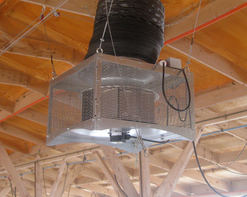 CUBO® Model S/R Air Destratifier for an improved poultry house environment