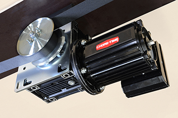 Chore-Time's GRIFCO® Direct-Drive Belt Winch for Poultry Drinker and Ventilation Device Applications.*