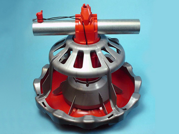 The LIBERTY® Broiler Feeder is offered with a silver feed cone. Mechanical and electronic control pans are available in both intermediate and end-control models.