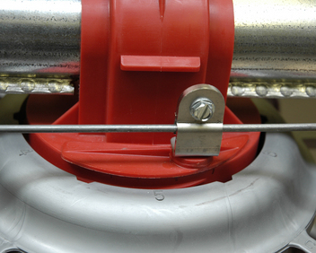Six easy-to-adjust grow-out feed level settings determine the feed level when the Rotary Gate is fully closed
